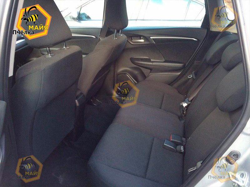 honda-fit-car-rent-3